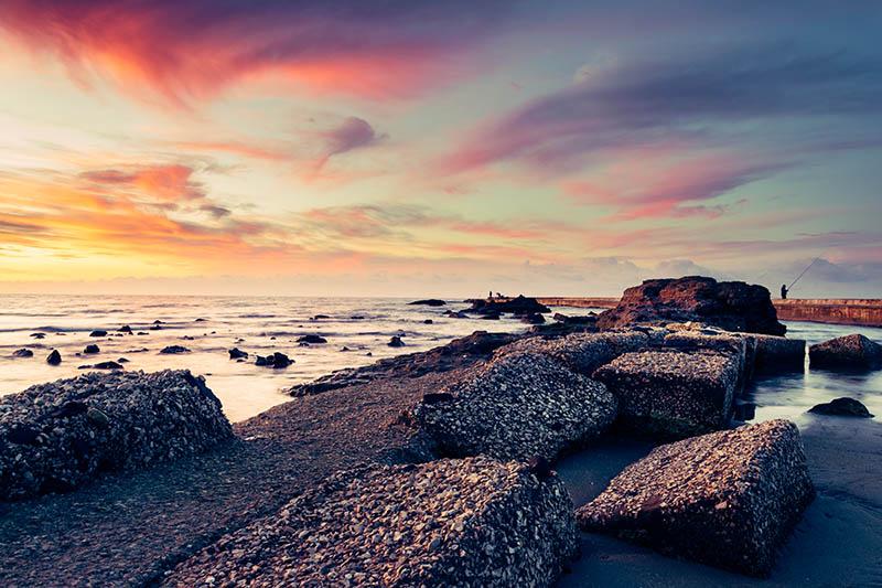 Foto paesaggistica all'alba